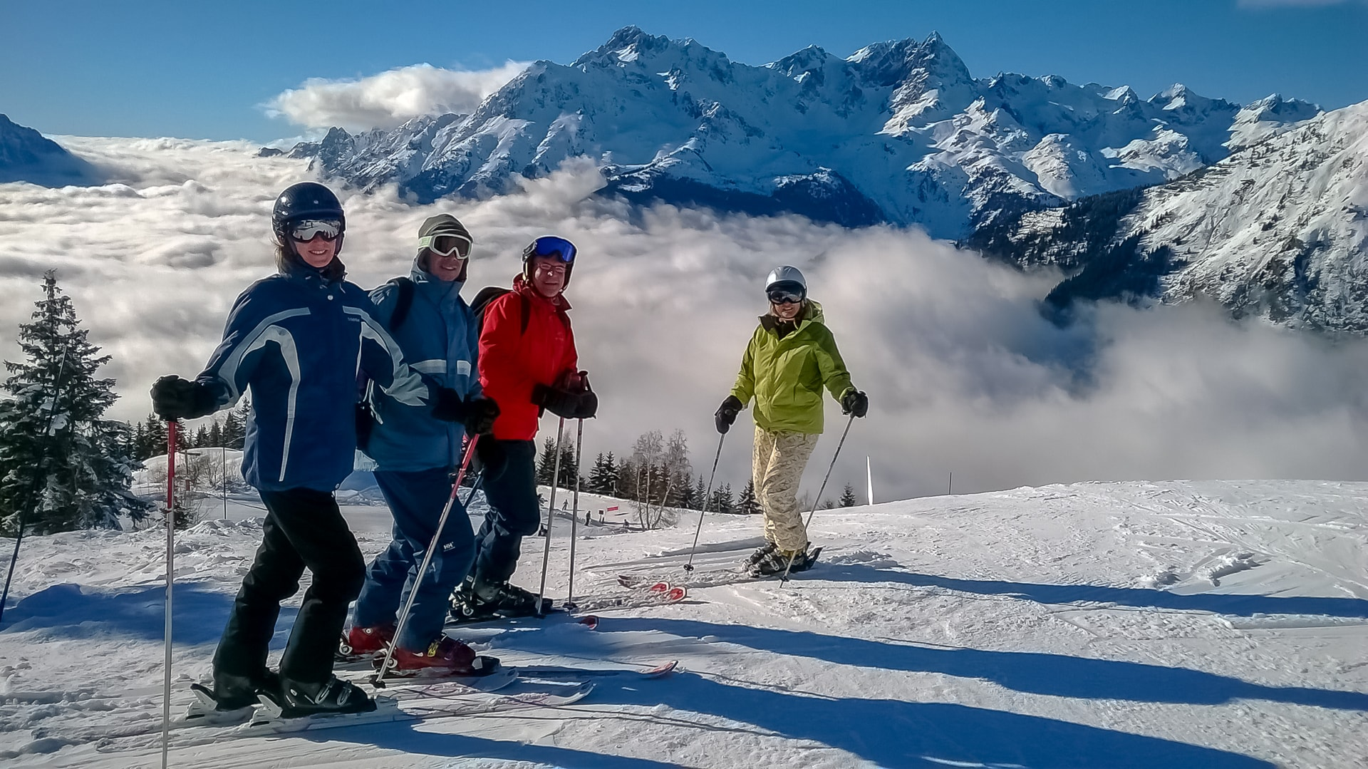 friends have a ski holiday in Oz